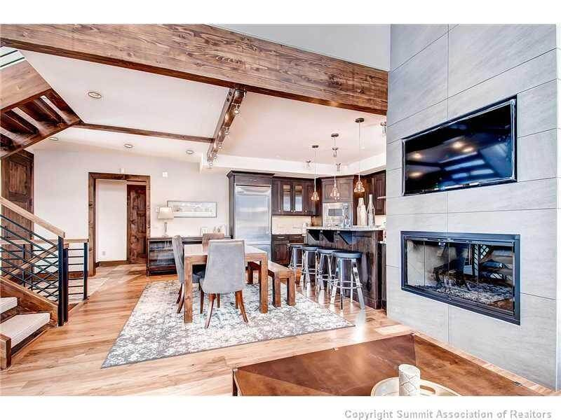 Luxury finishes in Columbia Lode townhome