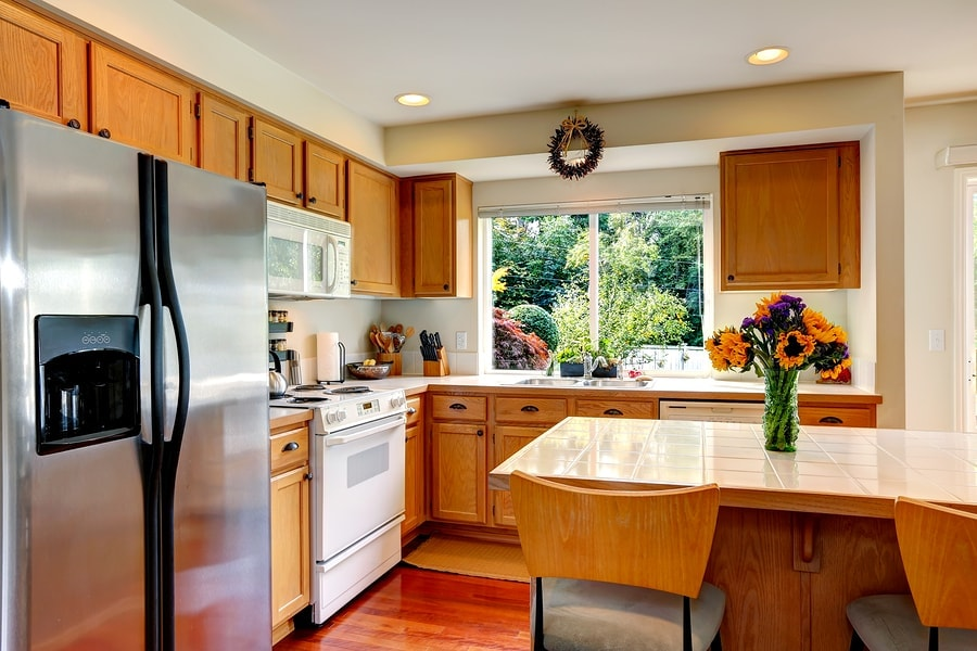 Bright remodeled kitchen of Mountainside condo