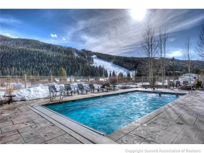 Keystone red hawk lodge condos real estate for sale for Red lodge swimming pool timetable