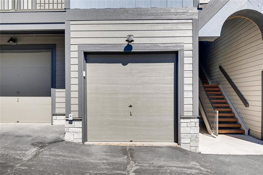 Private Garages at Lake Forest Condominiums