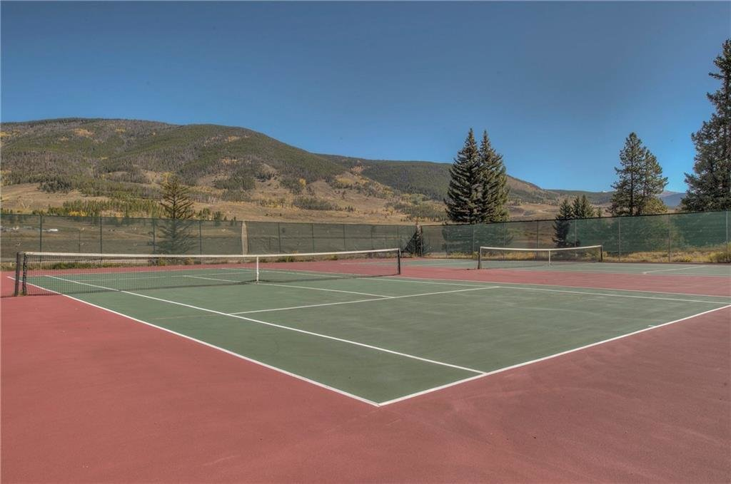 tennis-courts-summerwood